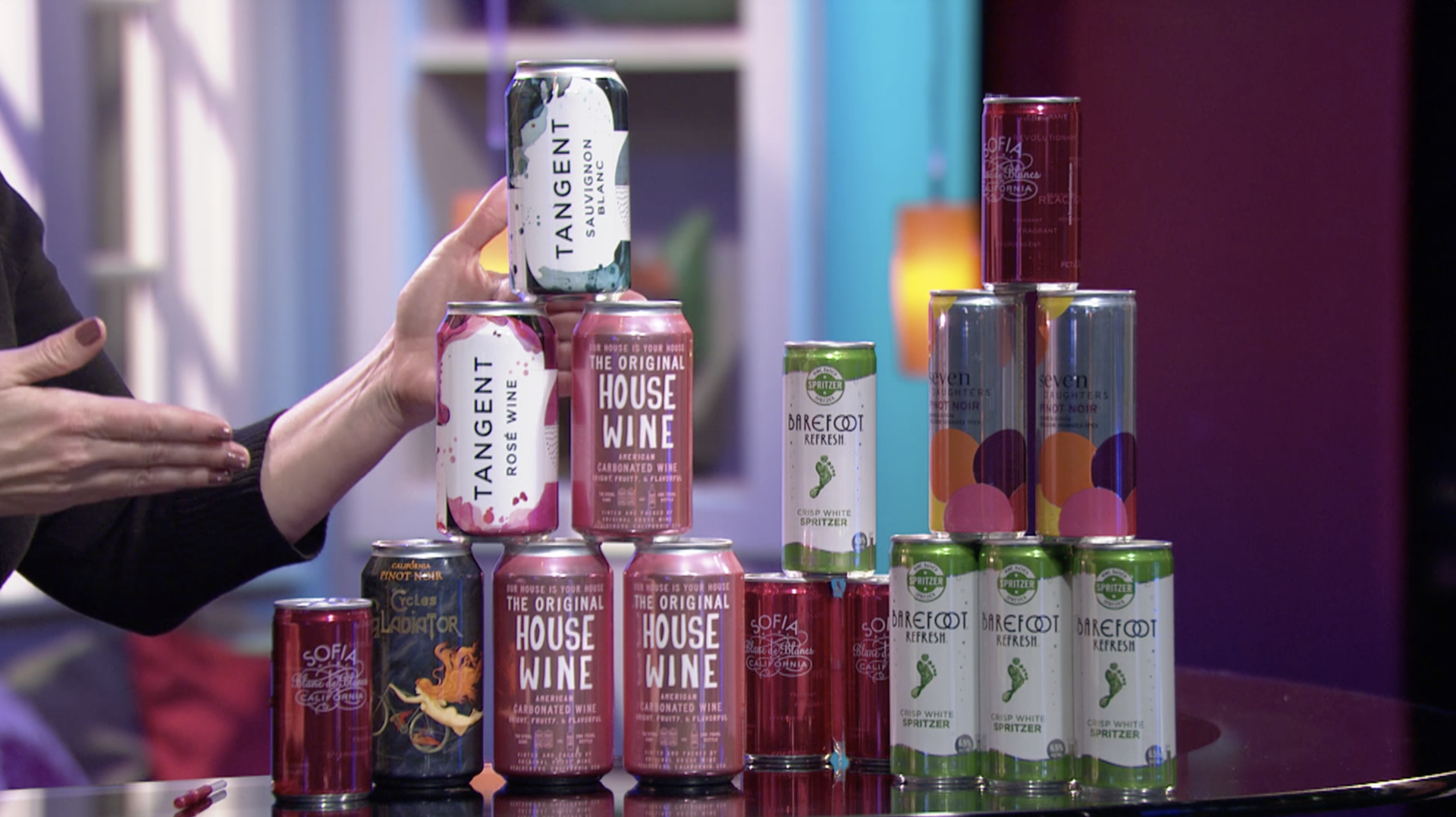 Check, Please! Bay Area host Leslie Sbrocco shares a hot new trend: wines in a can.