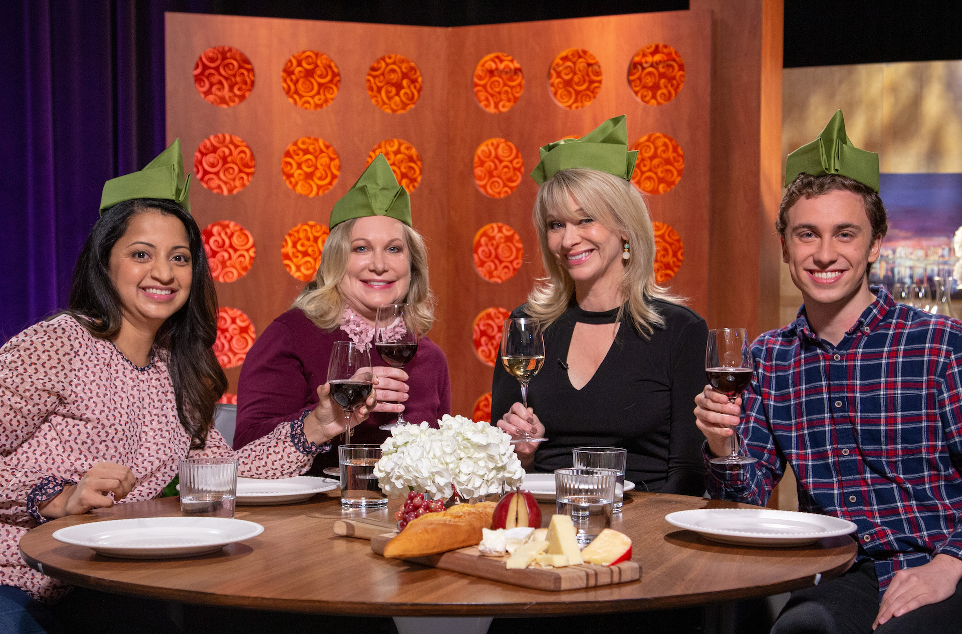 Host Leslie Sbrocco and guests on the set of season 14 episode 15.