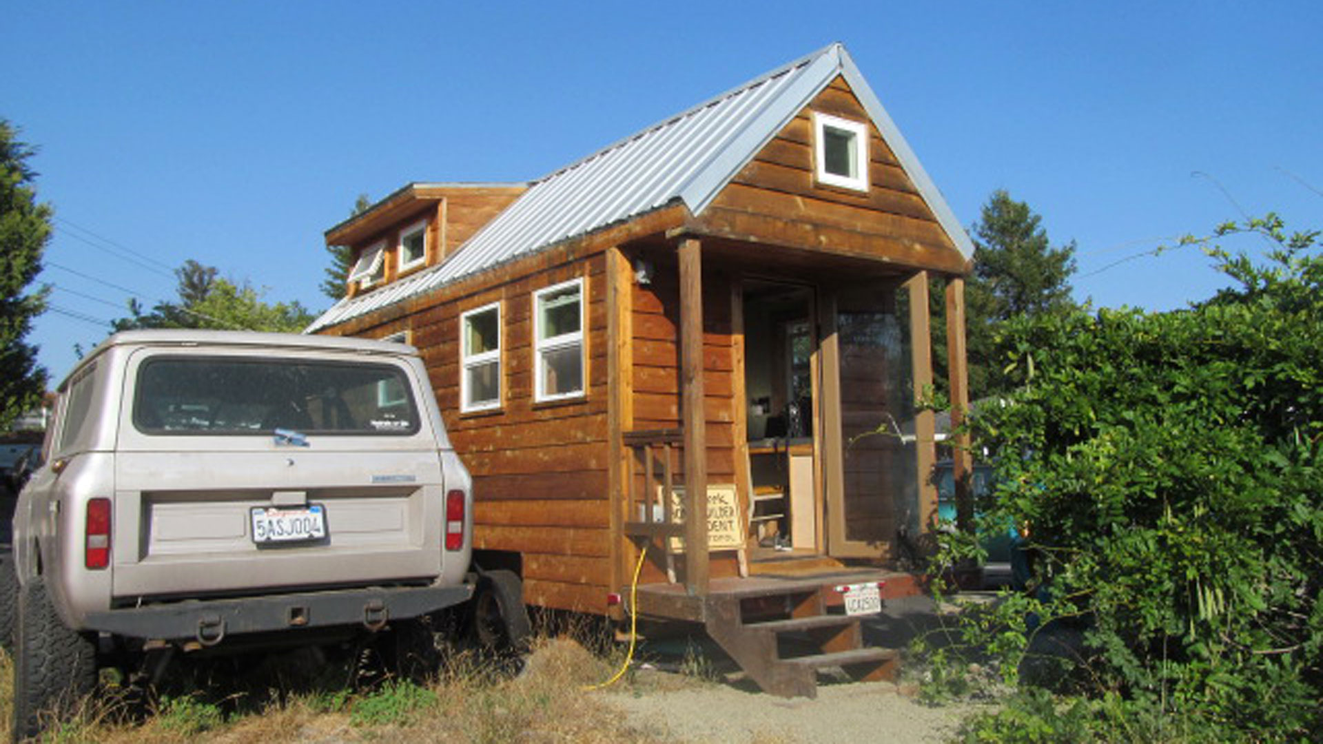 Tiny House Trend Takes Off in the Bay Area