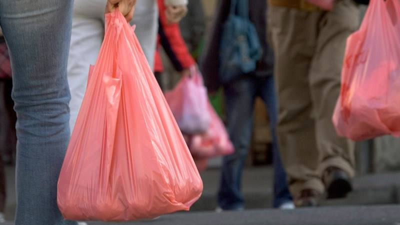 Environmentalists and Plastic Bag Industry Face Off Over