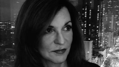 Maureen Dowd poses for a portrait.