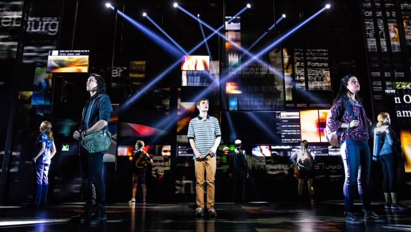 Musical 'Dear Evan Hansen' Takes on Teen Suicide, Alienation