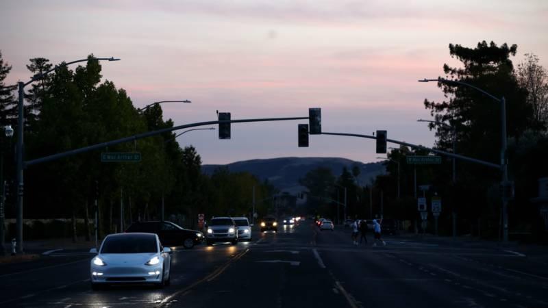 PG&E Plans More Power Shutoffs to Begin Wednesday