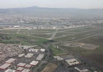 Oakland Int'l Airport, like much of the Bay Area's critical infrustructure, lies barely above sea level. Photo: Craig Miller