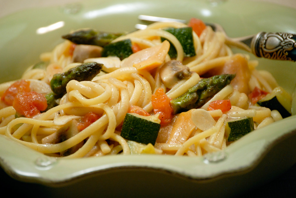 Linguine with Clam Sauce and Vegetables